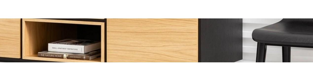 Descubra a nossa seleção de móveis de madeira escandinavos das principais marcas europeias