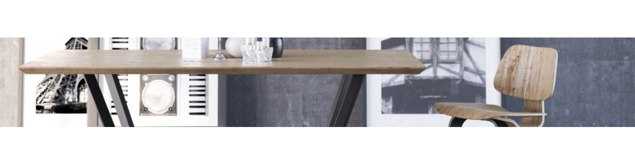 Ontdek onze design eettafels in hout of glas van grote Europese merken: Take me home, Pols potten, Prostoria, Dôme deco