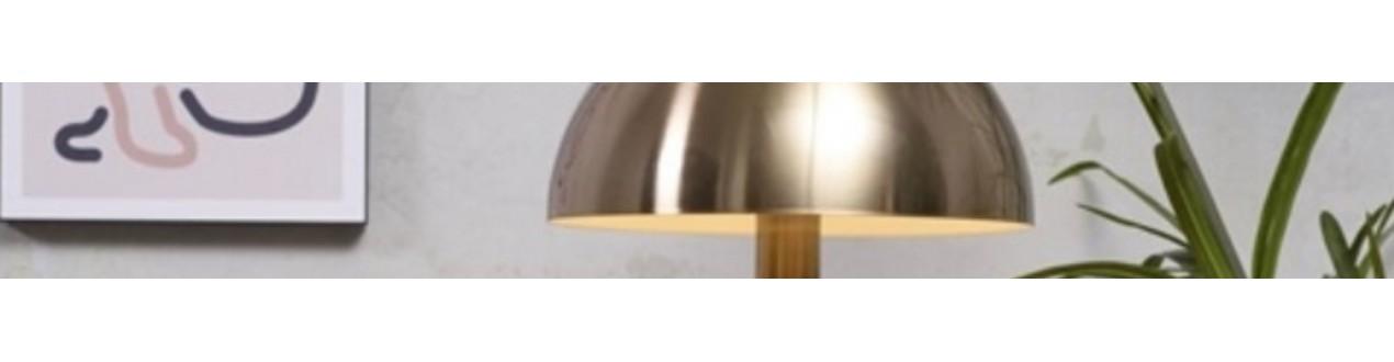 Lampe de table dorée ou lampe de table en marbre, lampe de table design, découvrez ici notre collection de lampes de table de grandes marques européennes